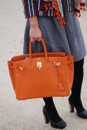 Orange hermès