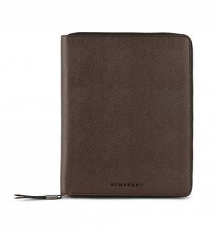 Burberry_Ipad-Case-4