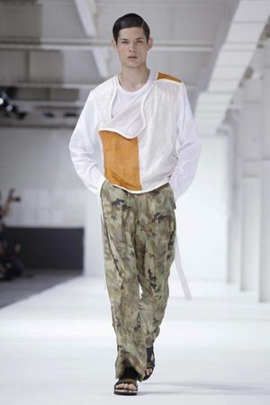 Dries-Van-Noten-3_sff