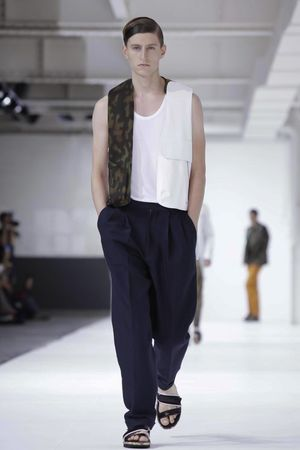 Dries-Van-Noten-5_sff