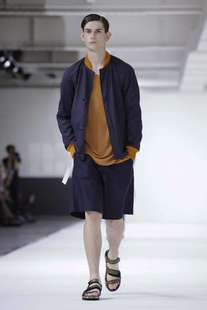 Dries-Van-Noten-9_sff