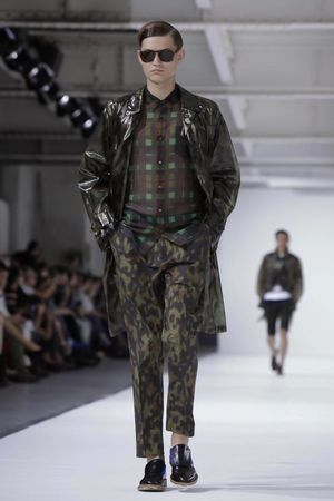 Dries-Van-Noten-22_sff