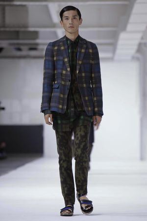 Dries-Van-Noten-33_sff