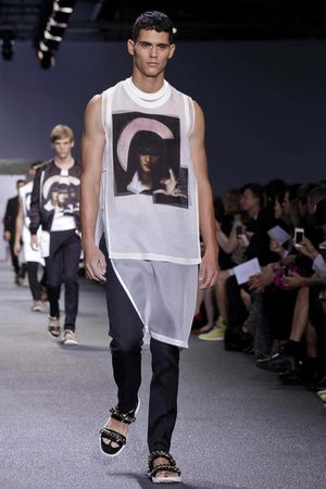 Givenchy-4_sff