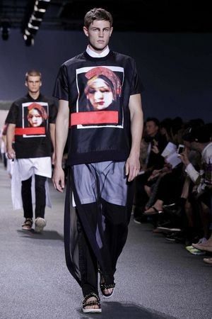 Givenchy-45_sff