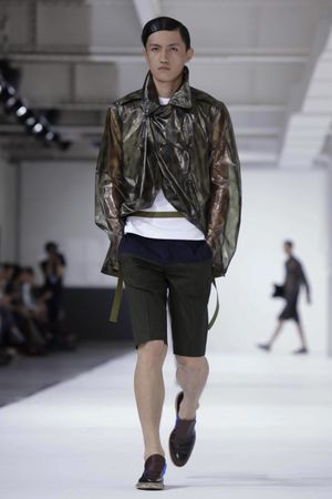 Dries-Van-Noten-23_sff