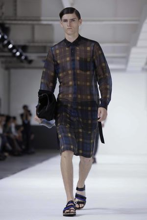 Dries-Van-Noten-25_sff