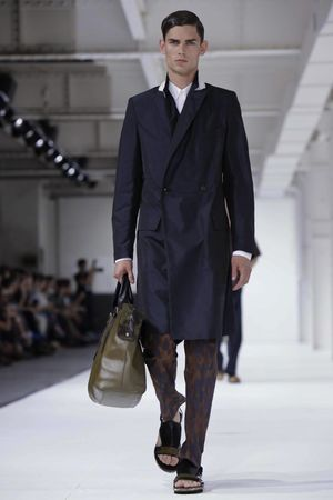 Dries-Van-Noten-34_sff