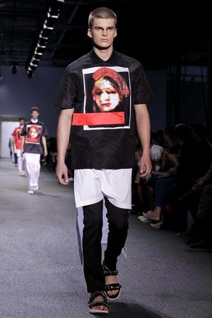 Givenchy-46_sff