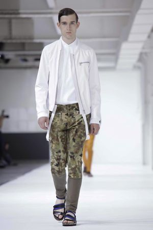 Dries-Van-Noten-6_sff