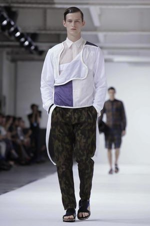 Dries-Van-Noten-24_sff