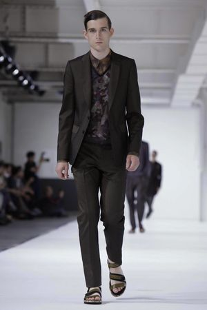 Dries-Van-Noten-39_sff