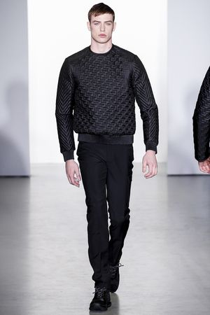 Calvin-klein-milan-fashion-week-fall-2013-26