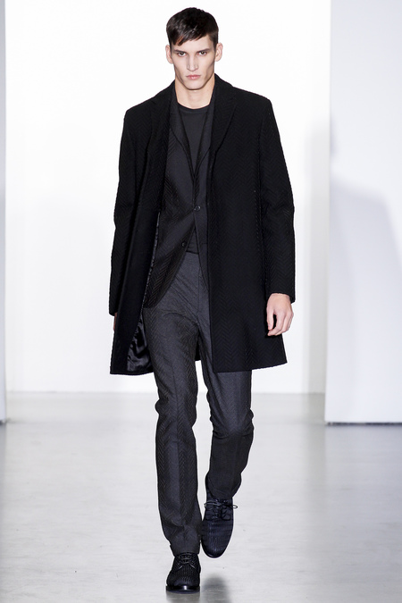 Calvin-klein-milan-fashion-week-fall-2013-39