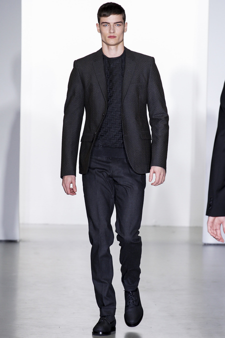 Calvin-klein-milan-fashion-week-fall-2013-37
