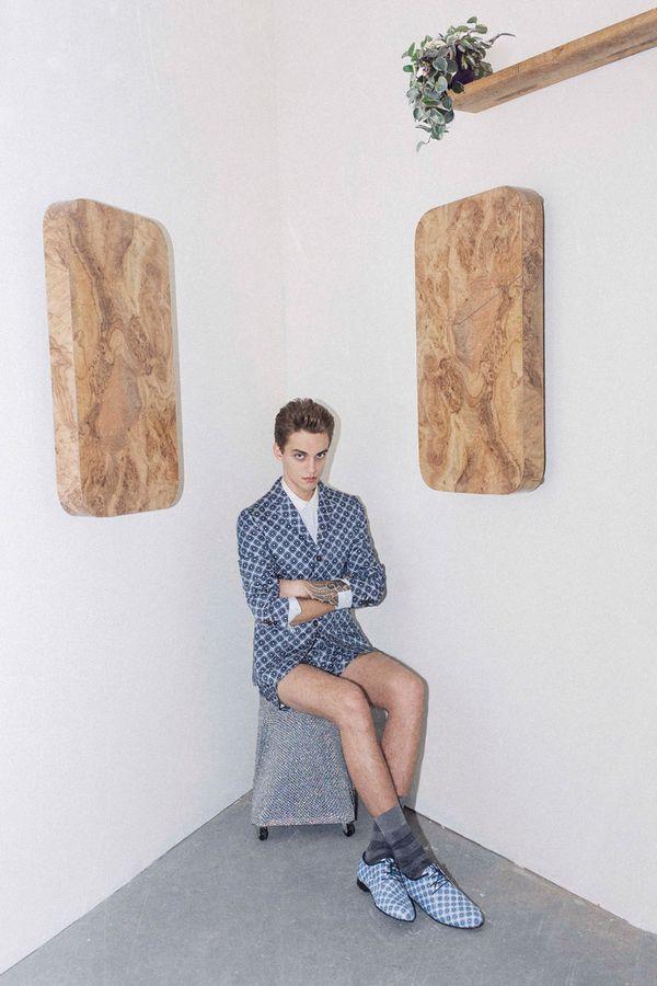 Roman+larichev+matin+zad+t+j+gustave+carven+homme,+spring-summer+2013+09