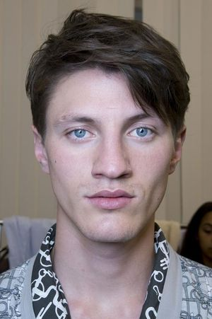 Hermes-mens-backstage-spring-summer-2014-pfw21