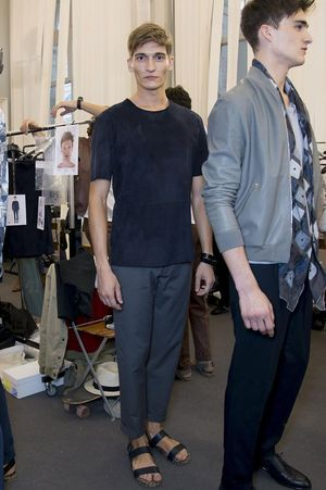 Hermes-mens-backstage-spring-summer-2014-pfw17