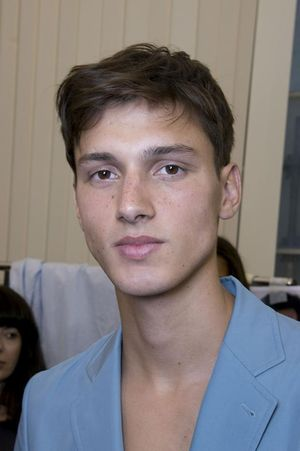 Hermes-mens-backstage-spring-summer-2014-pfw25