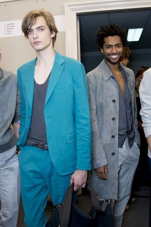 Hermes-mens-backstage-spring-summer-2014-pfw27