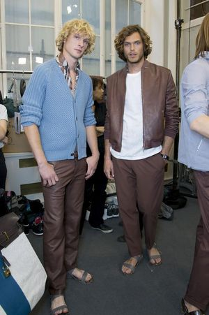 Hermes-mens-backstage-spring-summer-2014-pfw35